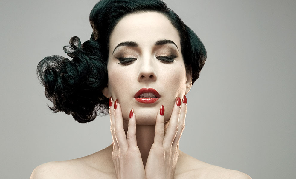 Gallery Feature Image of Dita Von Teese Art Print - Click to open image gallery