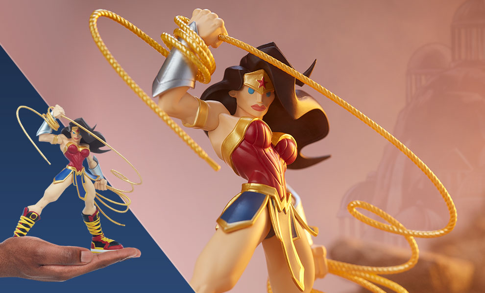 Gallery Feature Image of Wonder Woman Designer Collectible Toy - Click to open image gallery