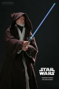 Gallery Image of Obi-Wan Kenobi Premium Format™ Figure