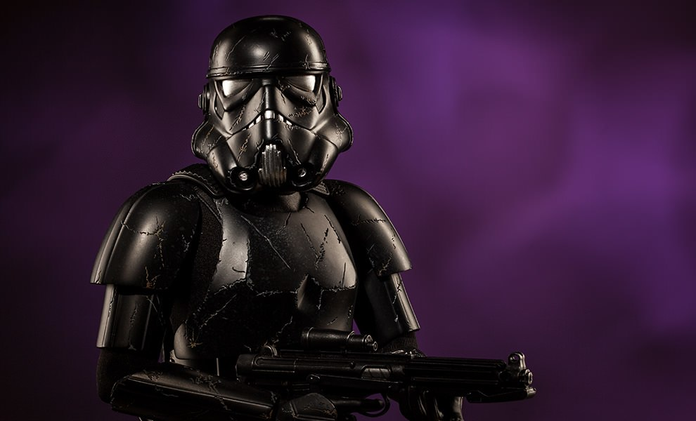 Gallery Feature Image of Blackhole Stormtrooper Premium Format™ Figure - Click to open image gallery