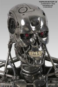 Gallery Image of T-800 Endoskeleton 1:2 Scale Replica Scaled Replica