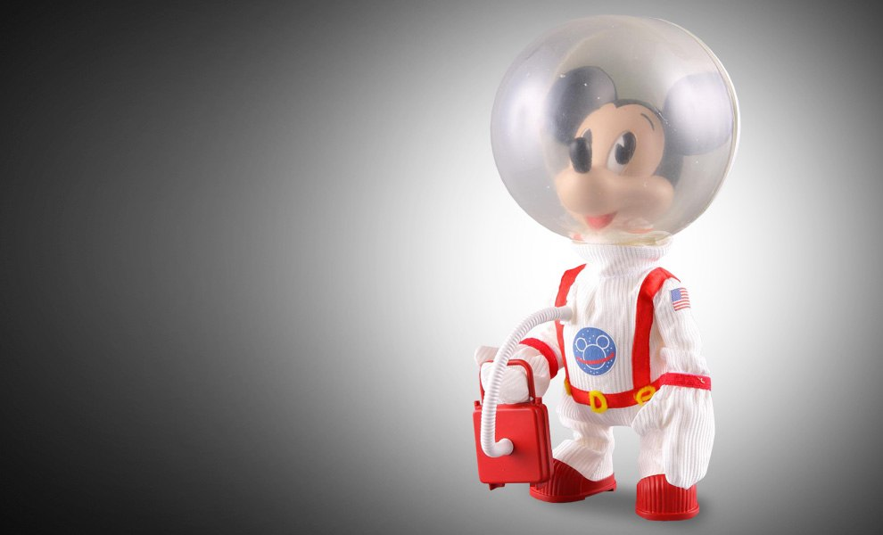Gallery Feature Image of Mickey Mouse - Astronaut Vinyl Collectible - Click to open image gallery
