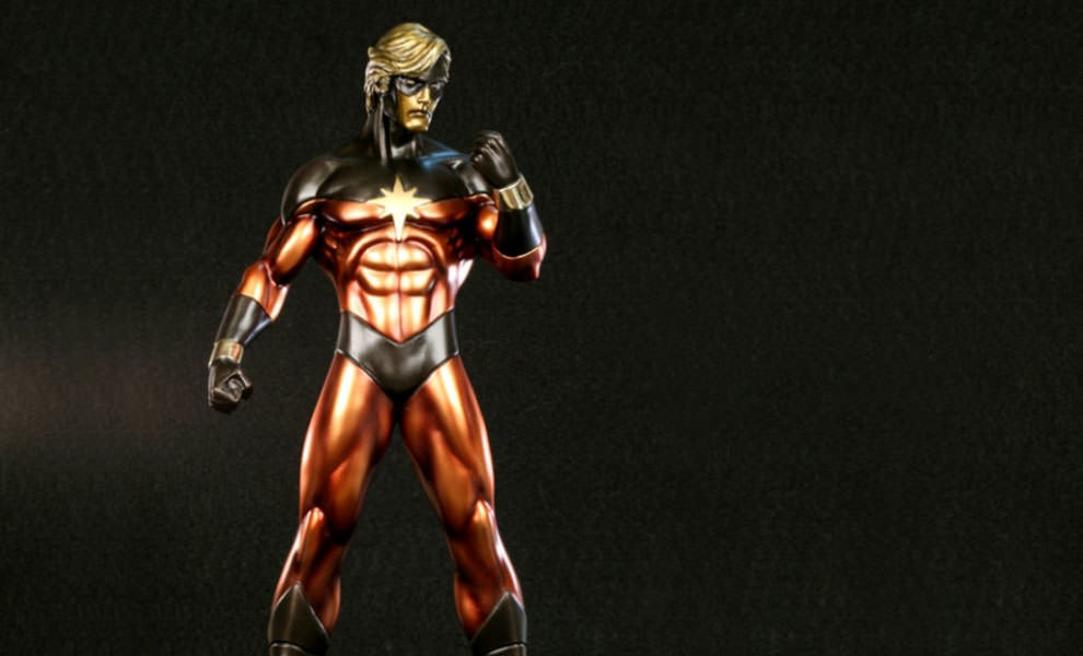 Gallery Feature Image of Captain Marvel Polystone Statue - Click to open image gallery