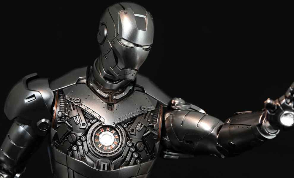 Gallery Feature Image of Iron Man Mark II - Armor Unleashed Version Sixth Scale Figure - Click to open image gallery
