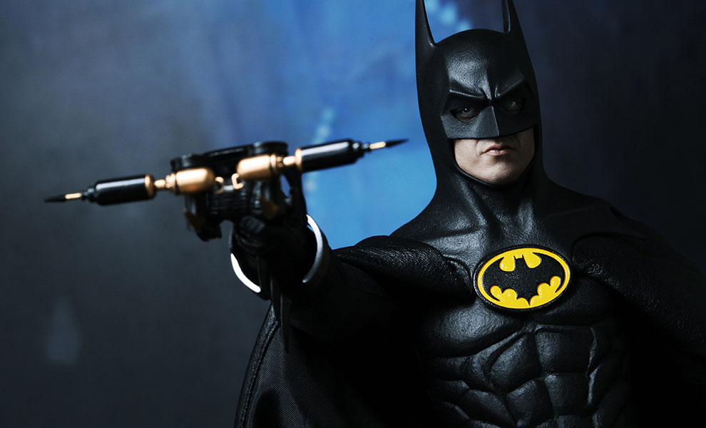 Gallery Feature Image of Batman (1989 Version) DX Series Sixth Scale Figure - Click to open image gallery