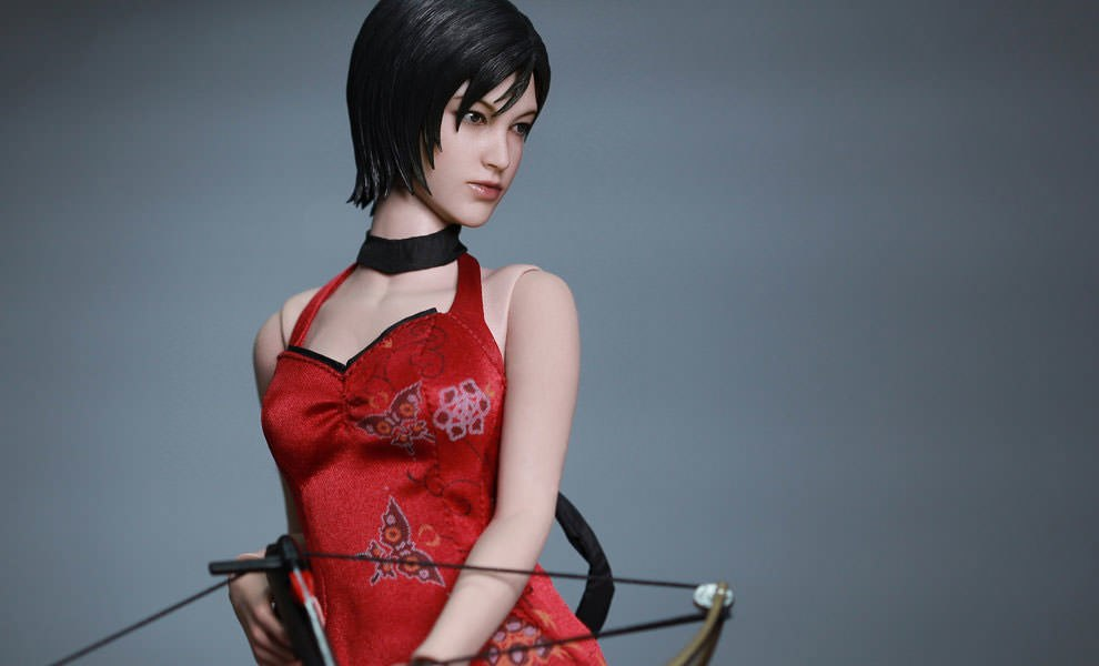 Gallery Feature Image of Ada Wong Sixth Scale Figure - Click to open image gallery