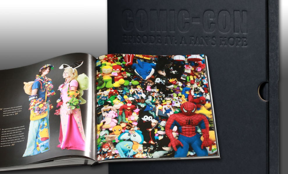 Gallery Feature Image of Comic-Con Episode IV: A Fans Hope - Collectors Edition Book - Click to open image gallery