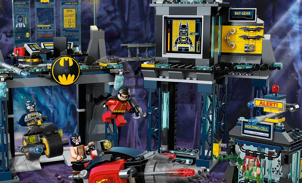 Gallery Feature Image of The Batcave LEGO Toys - Click to open image gallery