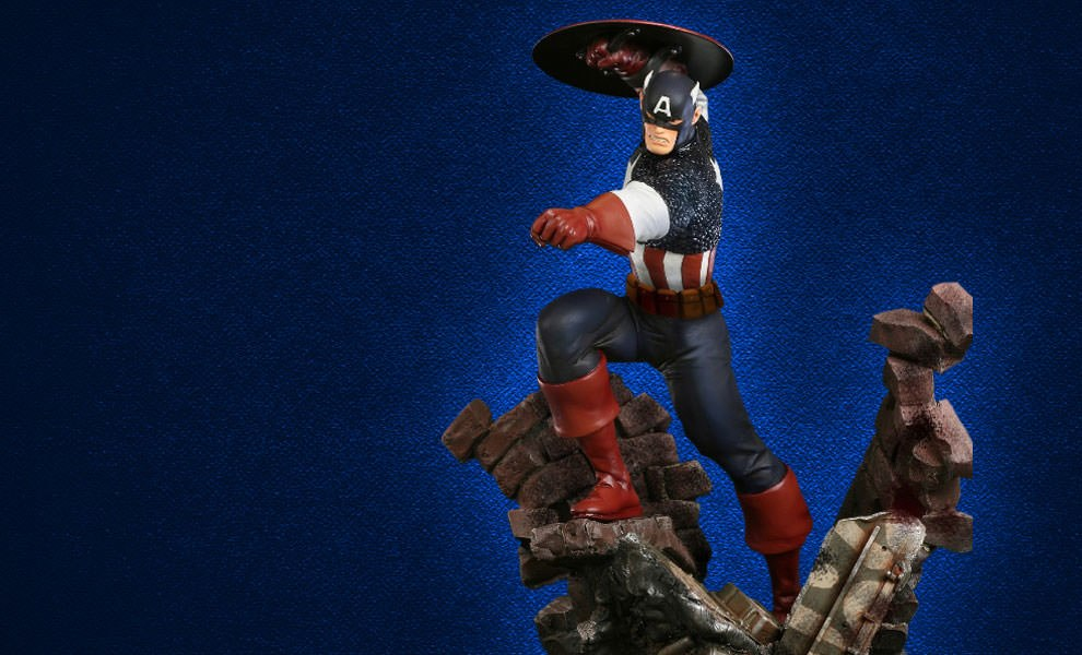 Gallery Feature Image of Captain America Action Polystone Statue - Click to open image gallery