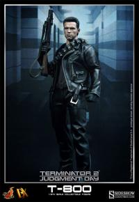 Gallery Image of T-800 Sixth Scale Figure