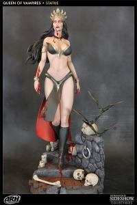 Gallery Image of Queen of the Vampires Polystone Statue