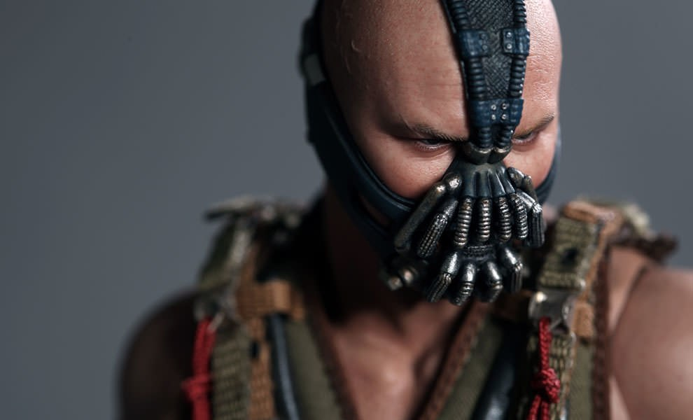 Gallery Feature Image of Bane Sixth Scale Figure - Click to open image gallery