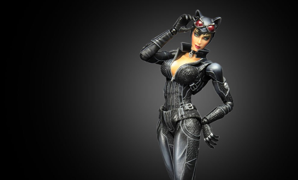 Gallery Feature Image of Catwoman- Arkham City Collectible Figure - Click to open image gallery