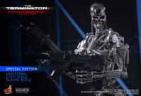 Gallery Image of The Terminator: Endoskeleton Quarter Scale Figure