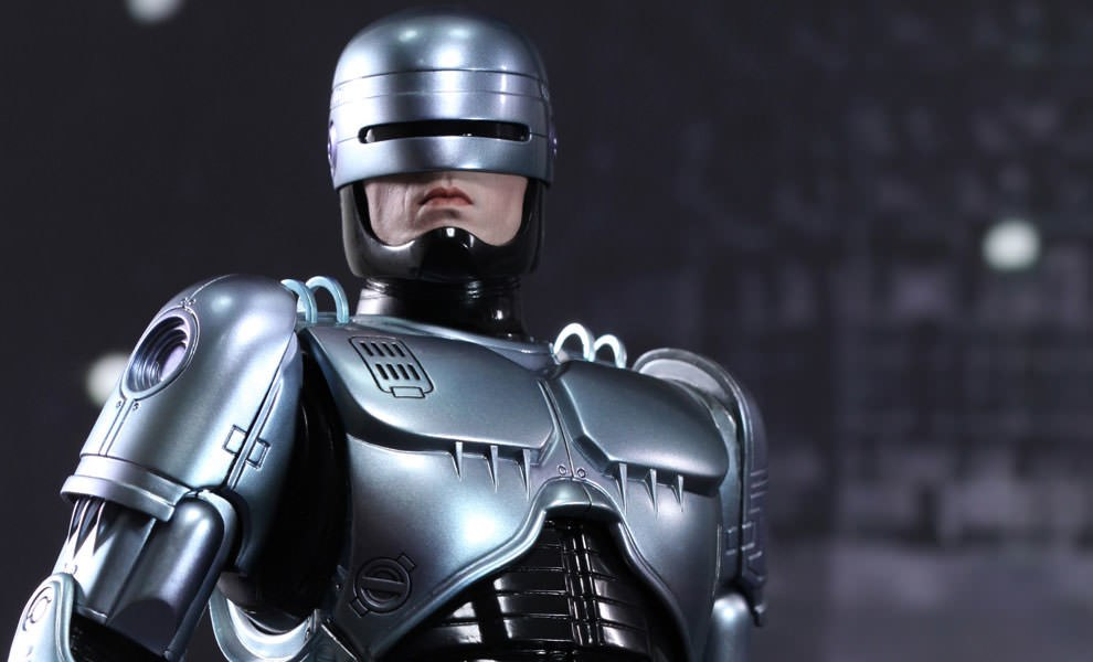 Gallery Feature Image of RoboCop Sixth Scale Figure - Click to open image gallery