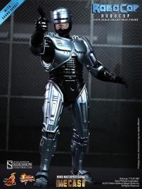 Gallery Image of RoboCop Sixth Scale Figure