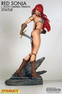 Gallery Image of Red Sonja Statue