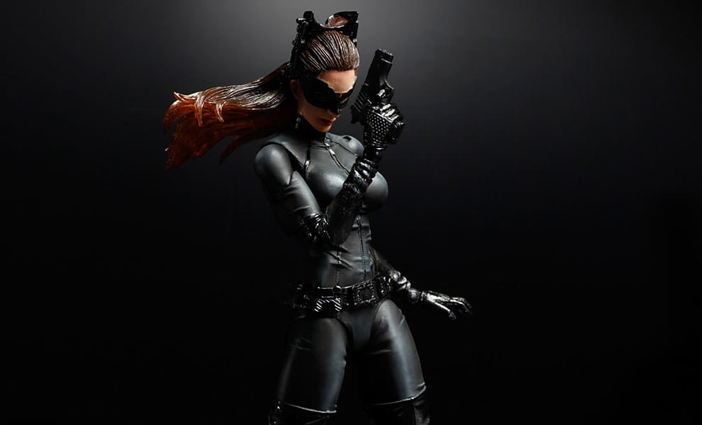 Gallery Feature Image of Catwoman (The Dark Knight Rises) Collectible Figure - Click to open image gallery