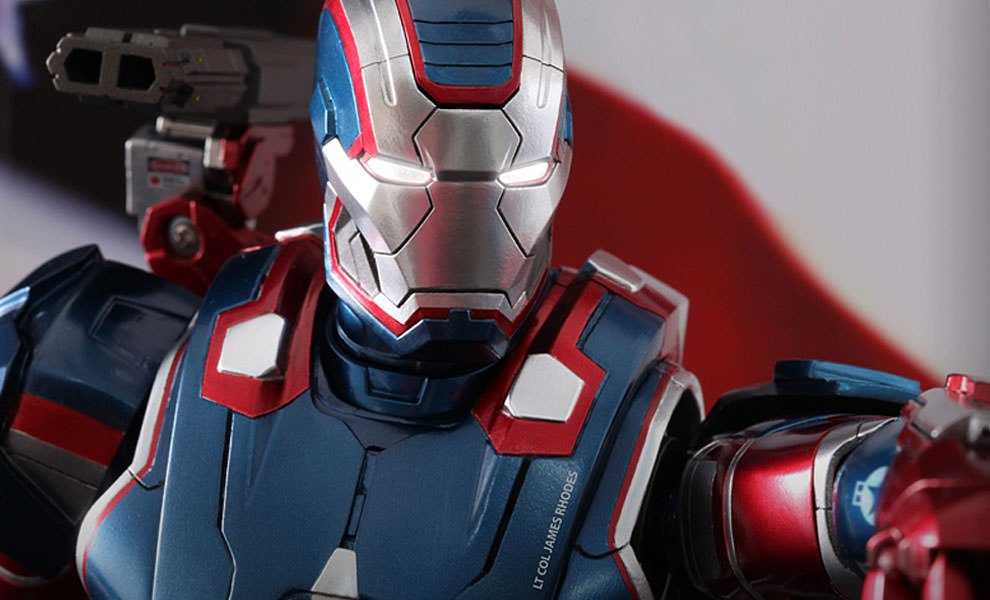 Gallery Feature Image of Iron Patriot Sixth Scale Figure - Click to open image gallery