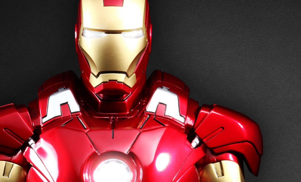 Gallery Feature Image of Iron Man Mark VII Collectible Bust - Click to open image gallery
