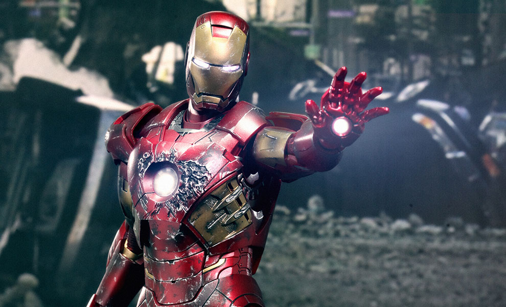 Gallery Feature Image of Iron Man Battle Damaged Mark VII Sixth Scale Figure - Click to open image gallery