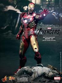 Gallery Image of Iron Man Battle Damaged Mark VII Sixth Scale Figure