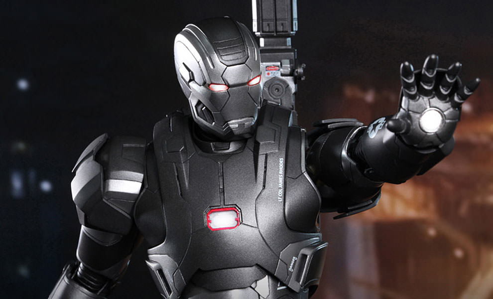 Gallery Feature Image of Iron Man 3: War Machine - Mark II Sixth Scale Figure - Click to open image gallery