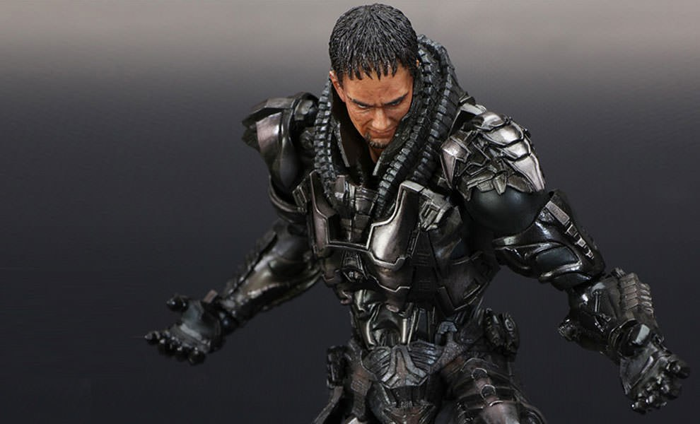 Gallery Feature Image of General Zod - Man of Steel Collectible Figure - Click to open image gallery