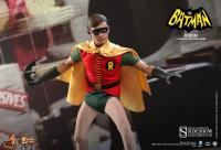 Gallery Image of Robin (1960s TV Series) Sixth Scale Figure