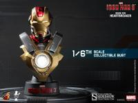 Gallery Image of Iron Man Mark 17 Collectible Bust
