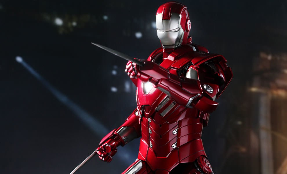 Gallery Feature Image of Iron Man - Silver Centurion - Mark 33 Sixth Scale Figure - Click to open image gallery