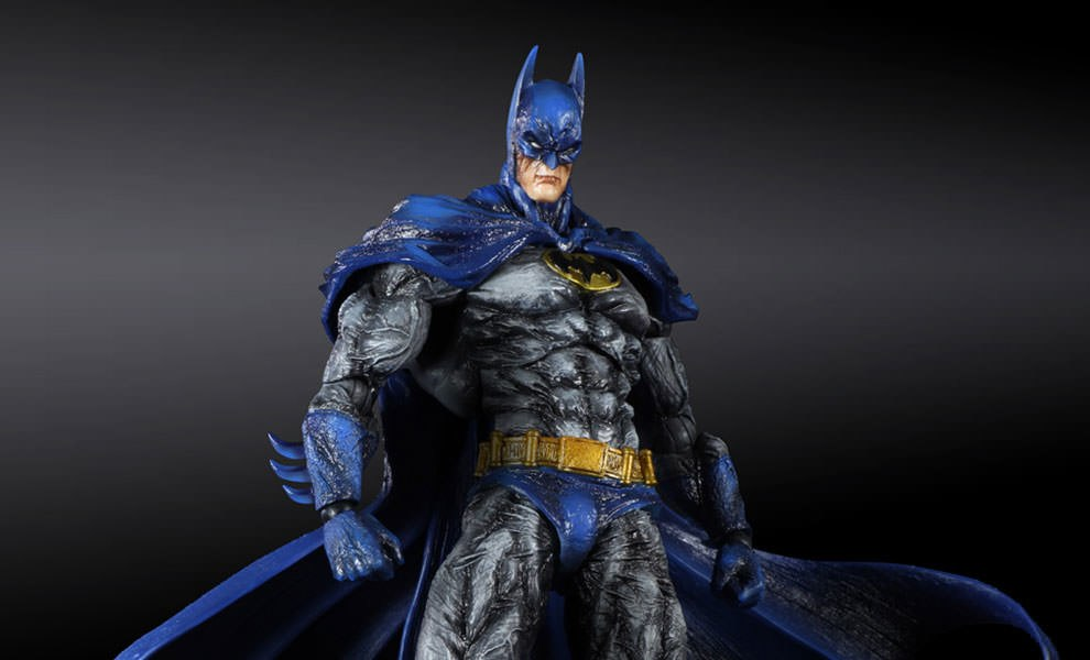 Gallery Feature Image of Batman: Arkham City 1970s Batsuit Skin Collectible Figure - Click to open image gallery