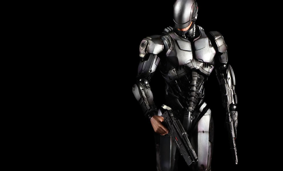 Gallery Feature Image of RoboCop Version 1.0 Collectible Figure - Click to open image gallery