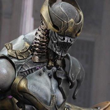 Chitauri Commander Sixth Scale Figure
