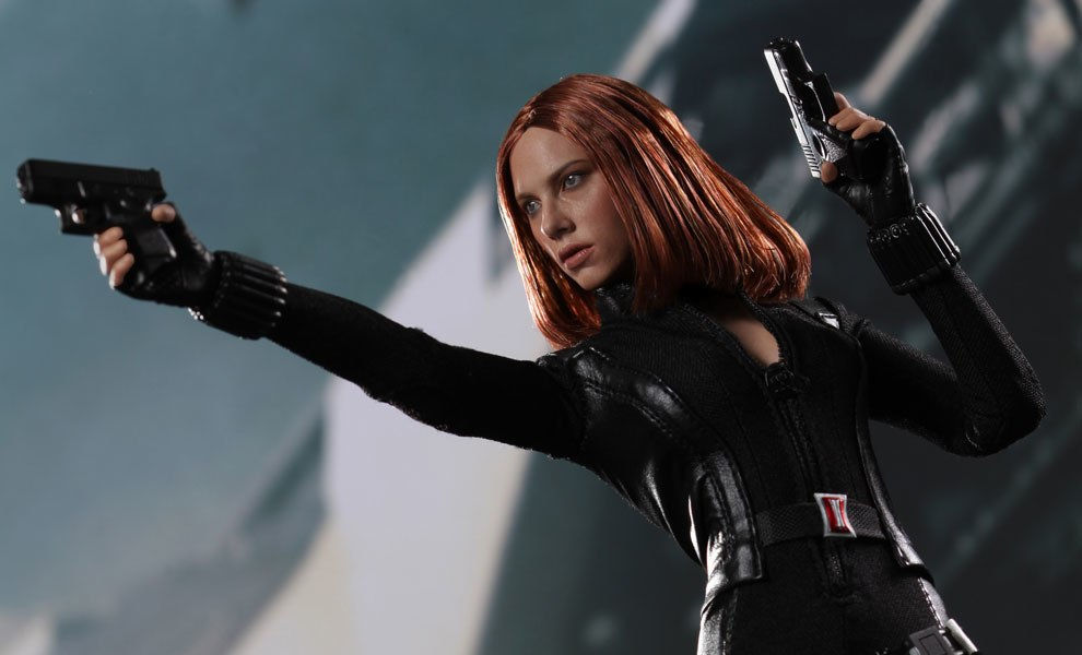 Gallery Feature Image of Black Widow Sixth Scale Figure - Click to open image gallery