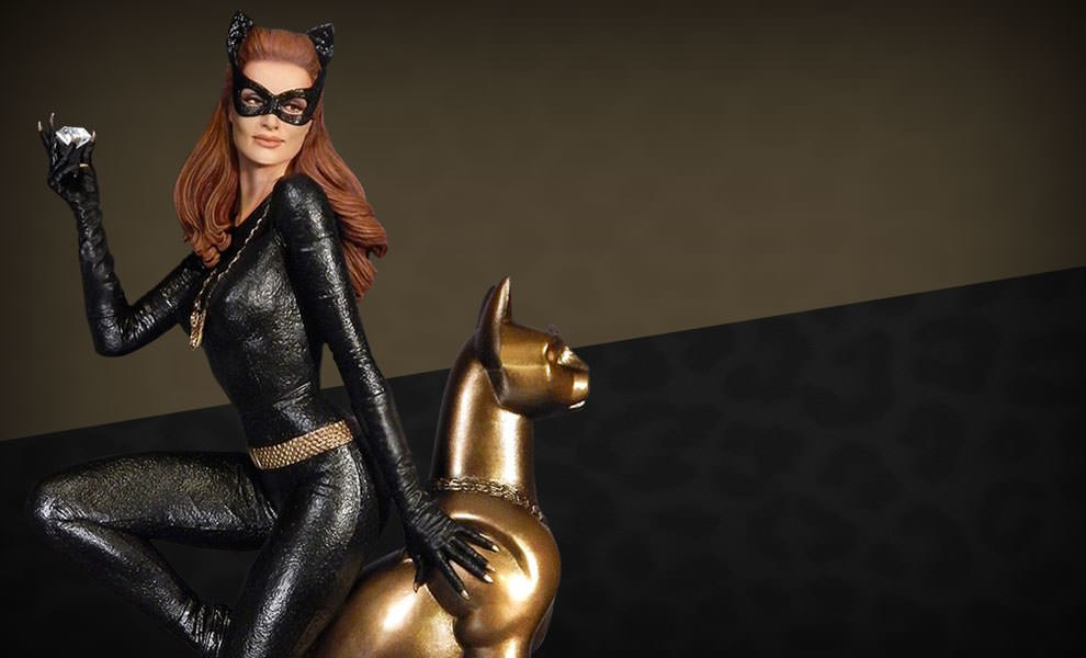 Gallery Feature Image of Catwoman Maquette Diorama - Click to open image gallery
