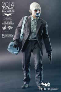 Gallery Image of The Joker (Bank Robber Version 2.0) Sixth Scale Figure