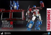 Gallery Image of Optimus Prime (Starscream Version) Collectible Figure