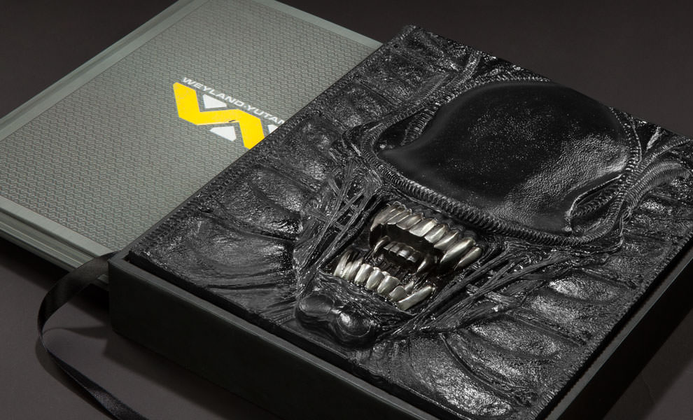 Gallery Feature Image of Alien The Weyland-Yutani Report Collectors Edition Book - Click to open image gallery