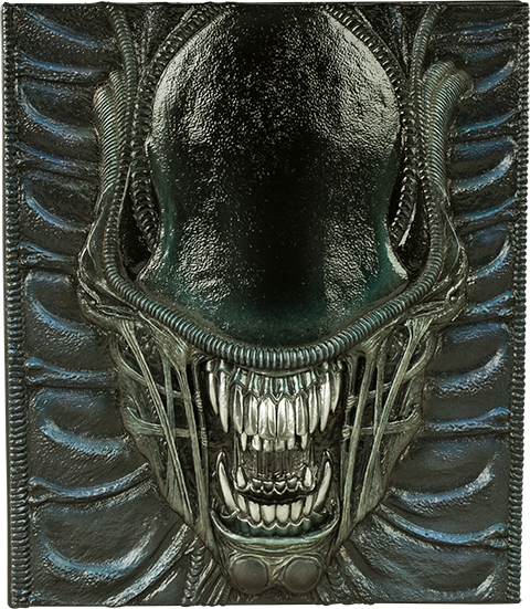 Insight Collectibles Alien The Weyland-Yutani Report Collectors Edition Book