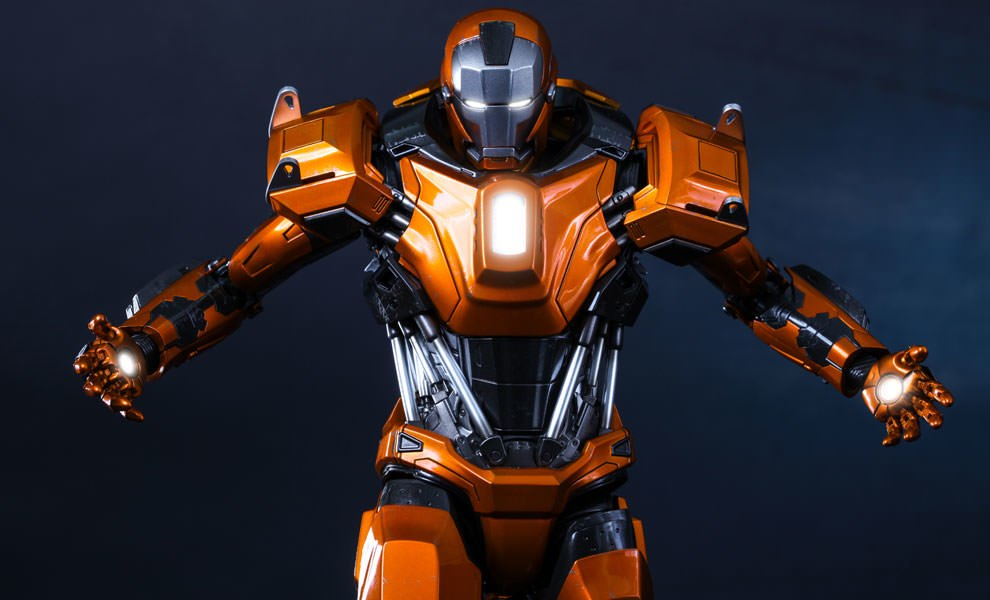Gallery Feature Image of Iron Man Mark XXXVI - Peacemaker Sixth Scale Figure - Click to open image gallery
