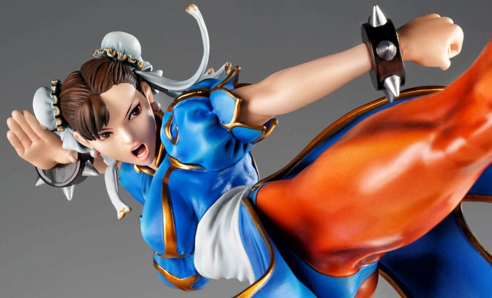 Gallery Feature Image of Chun-Li Collectible Figure - Click to open image gallery