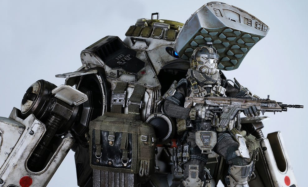 Gallery Feature Image of Atlas - Titanfall Collectible Figure - Click to open image gallery