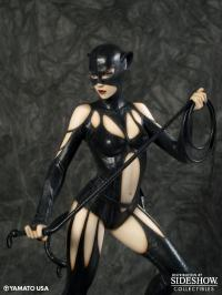 Gallery Image of Catwoman Collectible Statue