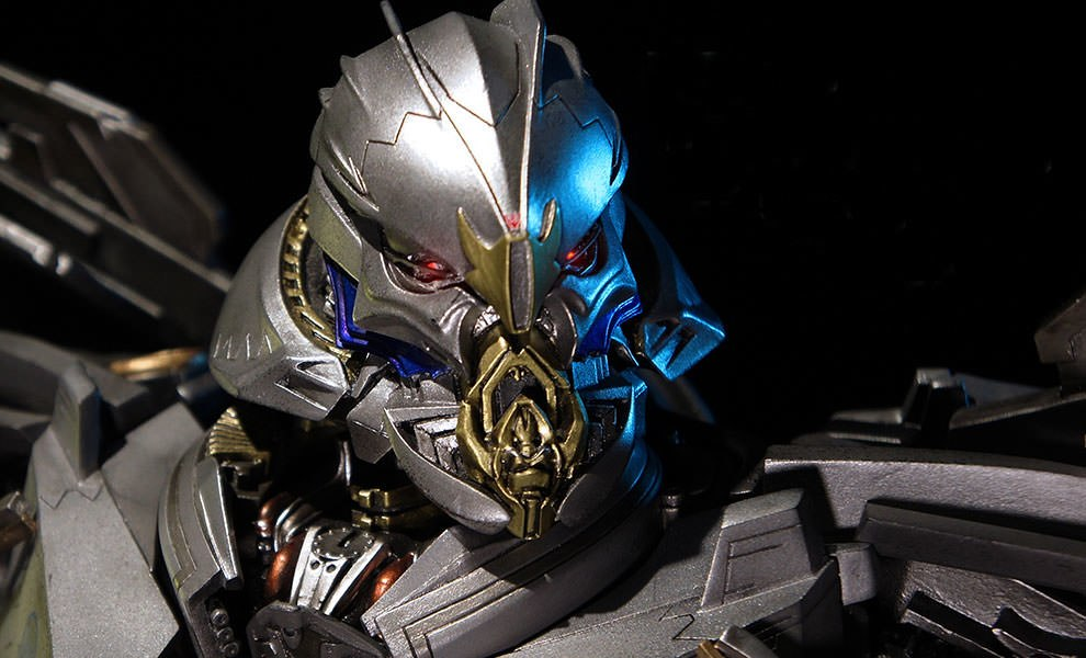 Gallery Feature Image of Starscream Scream Version Bust - Click to open image gallery