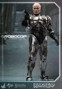 Gallery Image of RoboCop Battle Damaged Version Sixth Scale Figure