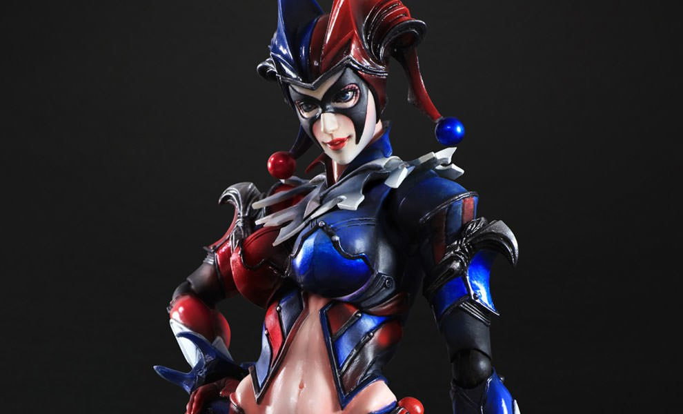 Gallery Feature Image of Harley Quinn Collectible Figure - Click to open image gallery
