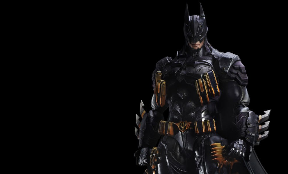Gallery Feature Image of Batman Armored Collectible Figure - Click to open image gallery