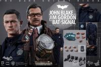 Gallery Image of John Blake and Jim Gordon with Bat-Signal Collectible Set