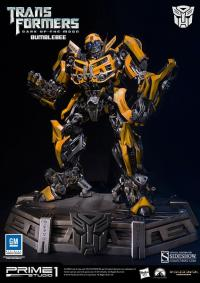 Gallery Image of Bumblebee Polystone Statue